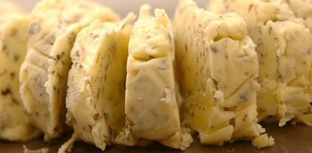 receita manteiga com ervas finas