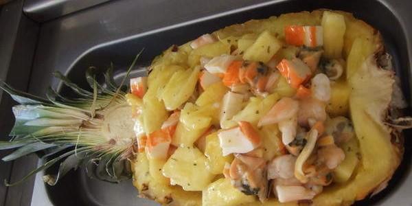 receita salada de abacaxi com frutos do mar