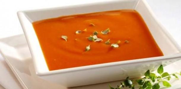 Sopa de Tomate Fácil
