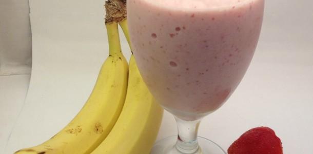 Batida de Morango e Banana
