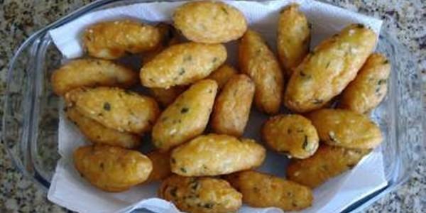 receita bolinhos de batata recheado
