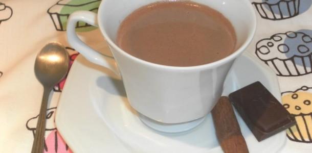 receita chocolate quente fácil