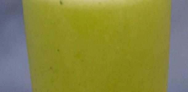 receita suco de abacaxi com hortelã