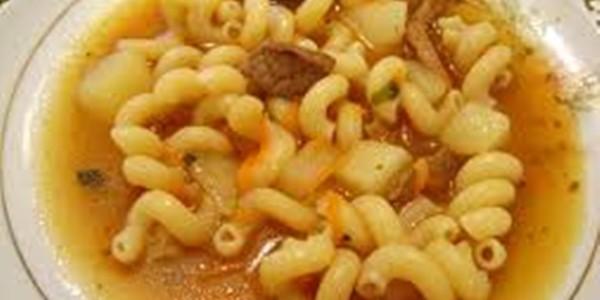 receita sopa de carne e macarrão