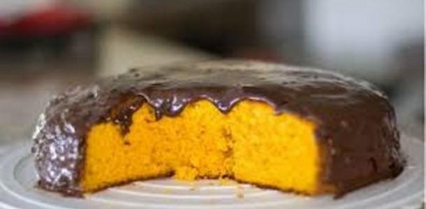 Receita Bolo de Cenoura Cobertura de Chocolate