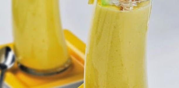 receita smoothie de abacaxi