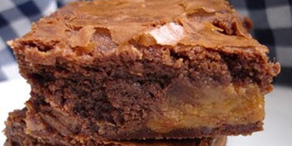 receita brownie recheado com doce de leite