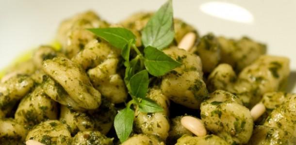 Receita Nhoque de Abóbora com Pesto de Rúcula