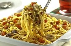 receita espaguete com sardinha