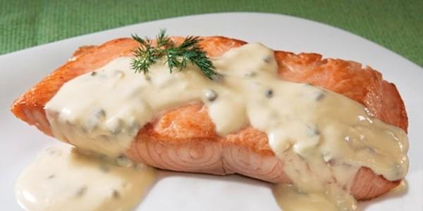 receita salmão ao molho de brócolis