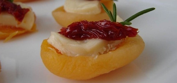 receita damascos com queijo brie