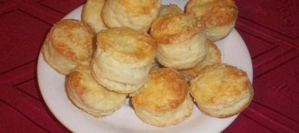 scones de queijo