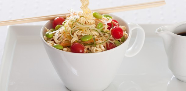receita salada crocante oriental