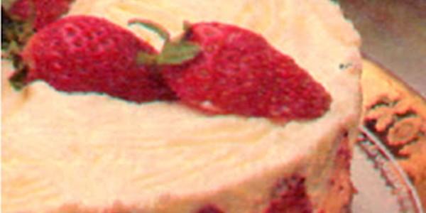 Torta de Morango Fácil