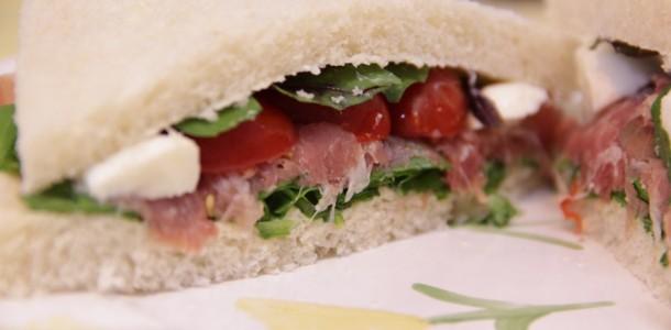 sanduíche de salada