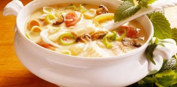 Sopa de Verdura com Macarrão