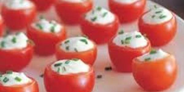tomate cereja com cream cheese