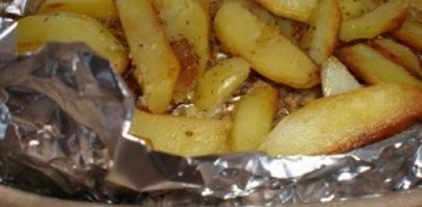 Batatas Assadas no Papelote