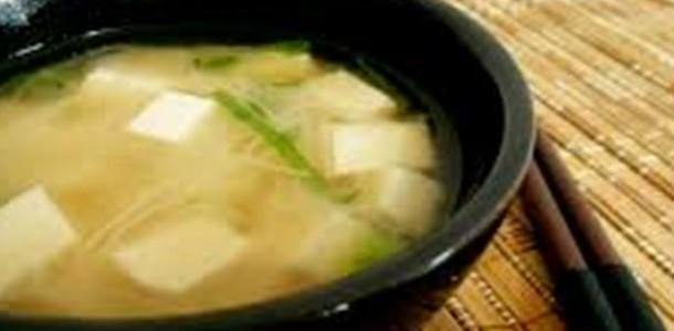 missoshiru (sopa japonesa)