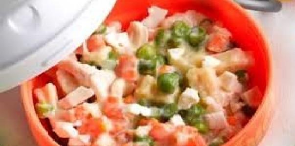 Salada de Frango ao Molho Branco