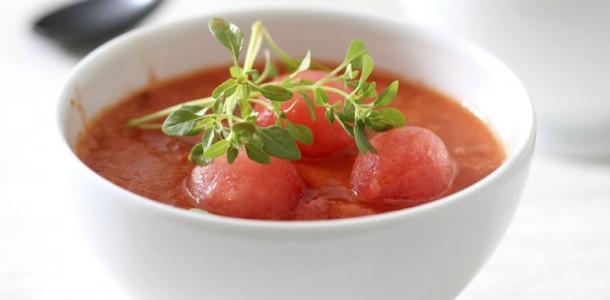 sopa fria de tomate com melancia