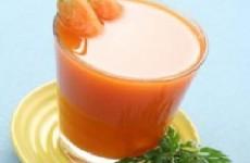 suco de cenoura com salsinha
