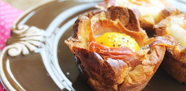 Cestinha de Pão com Ovo