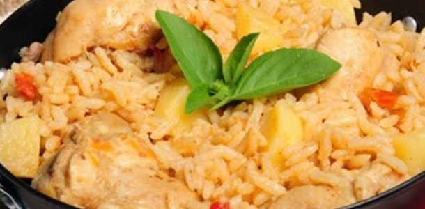 arroz com galinha da vovó