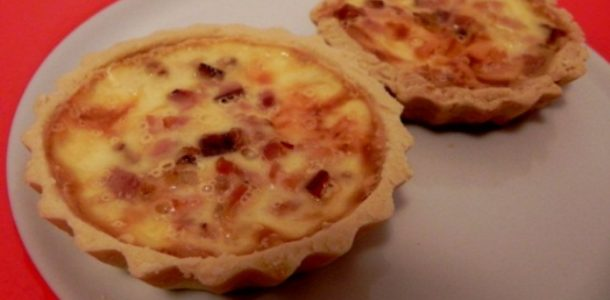 mini-quiche-de-queijo-com-bacon