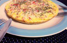 pizza com massa de omelete