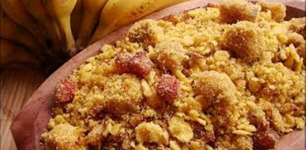 Farofa de Banana com Bacon