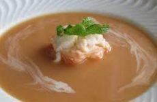 sopa fria de lagosta