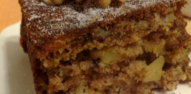 bolo de maçã com nozes